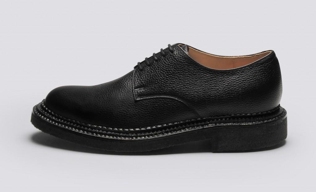 Shoe-06-GQ-07Oct15_b_1445x878