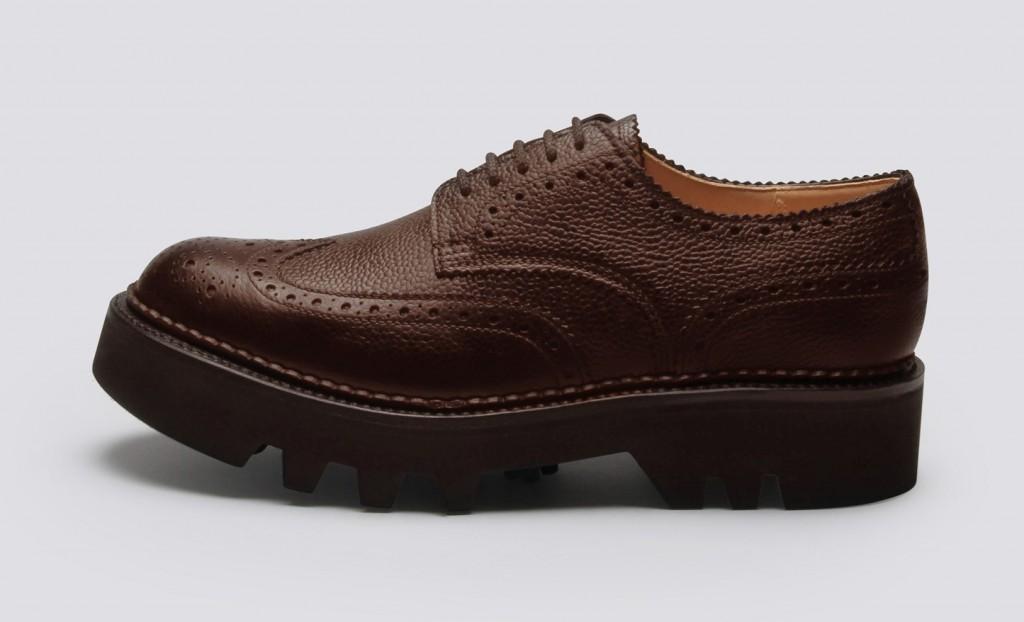 Shoe-02-GQ-07Oct15_b_1445x878