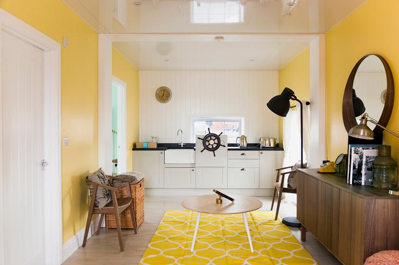 airbnb-floating-house-river-thames-london-designboom-07