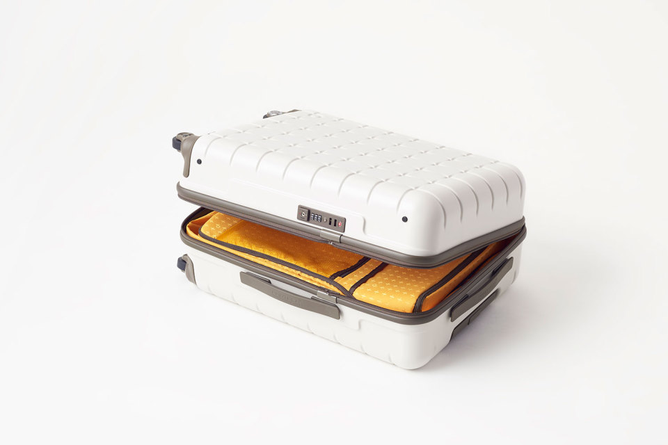Nendo-Proteca-Suitcase-Collection-03-960x640