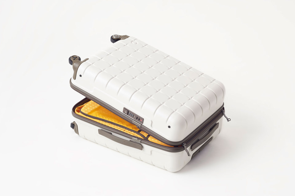 Nendo-Proteca-Suitcase-Collection-05-960x640