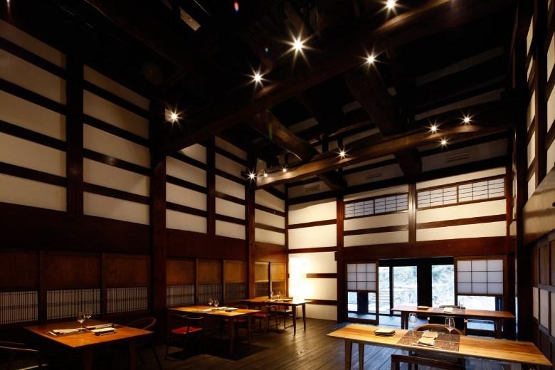 1ldk-aoyama-hotel-at-satoyama-jujo-2