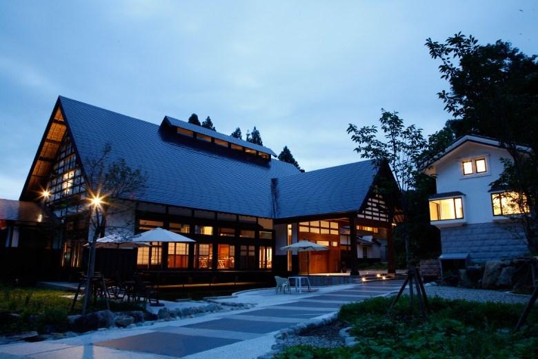 1ldk-aoyama-hotel-at-satoyama-jujo-11