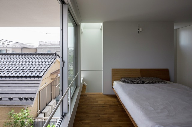 Little-House-Big-Terrace-8