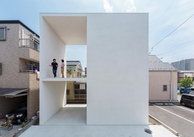 Little-House-Big-Terrace-1