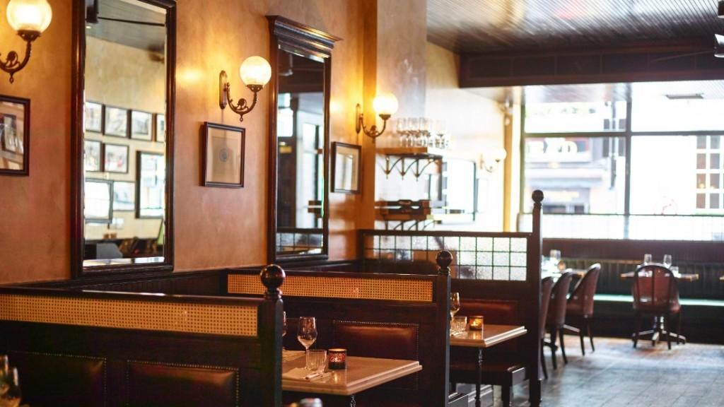 150826182409-restaurant-design-gymkhana-super-169