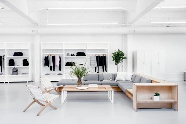 Everlane_Headquarters_Showroom-14-600x400