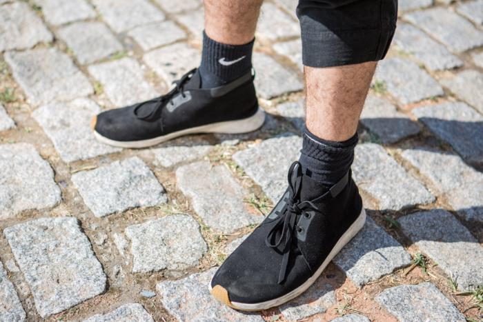 street-style-sneakers-black
