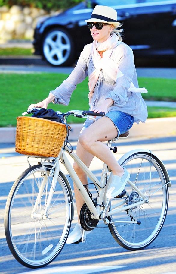 Bike In Style - Naomi Watts