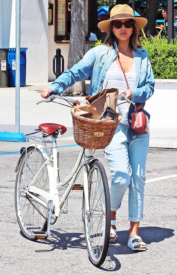 Bike In Style -Jessica Alba
