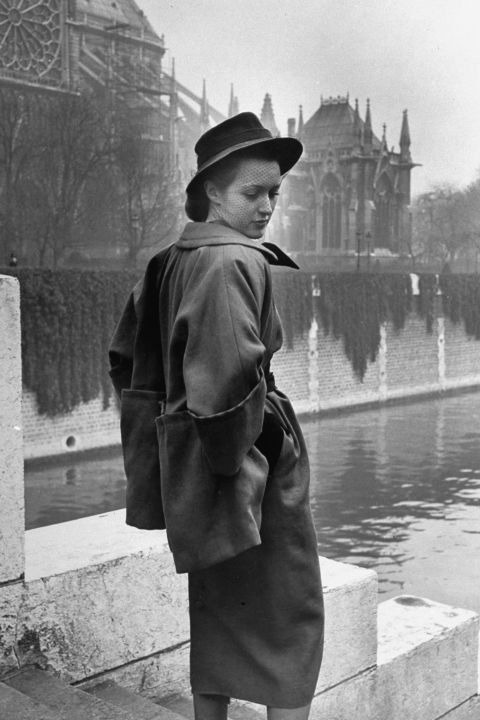 hbz-vintage-paris-street-style-1947-gettyimages-50768895_1