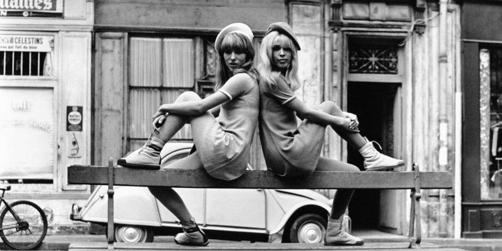 hbz-vintage-paris-street-style-1966-gettyimages-558624535_1
