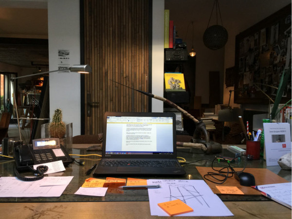 Where-I-Work-Lionel-Jadot-7-desk-600x450
