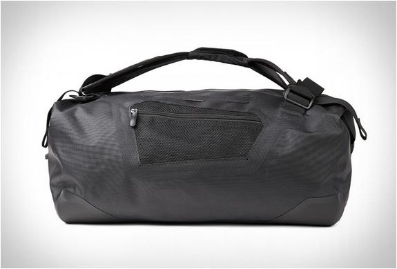 finisterre-waterproof-bags-4