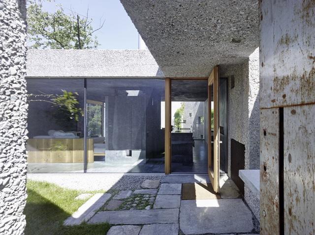 archaic-stone-block-2