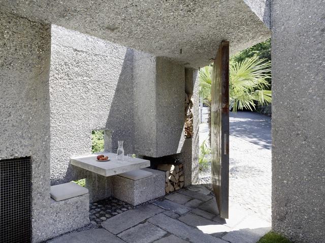 archaic-stone-block-4