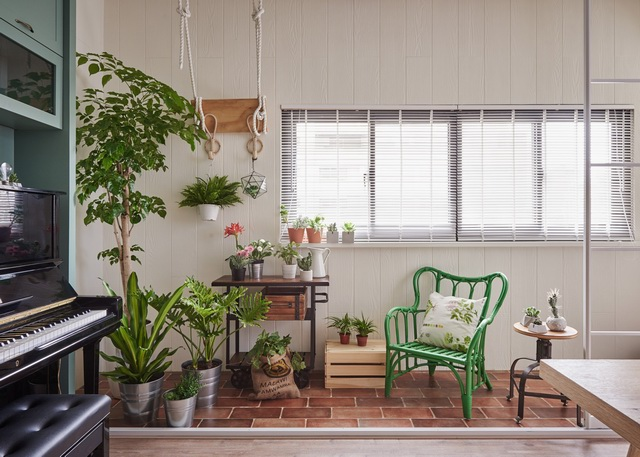 adds-wooden-slide-and-swings-to-family-home-12