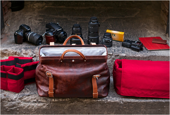 holdfast-roamographer-leather-camera-bag-2