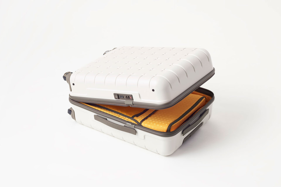 Nendo-Proteca-Suitcase-Collection-06-960x640