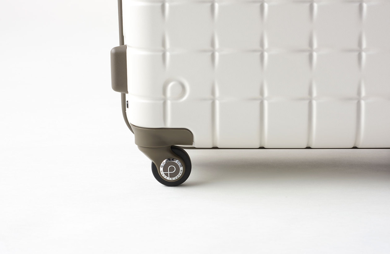 Nendo-Proteca-Suitcase-Collection-10-1260x820
