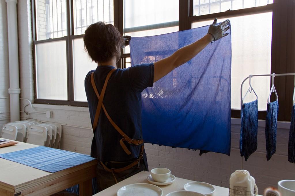 large_buaisou-indigo-ch-studio-visit-sukumo-dye