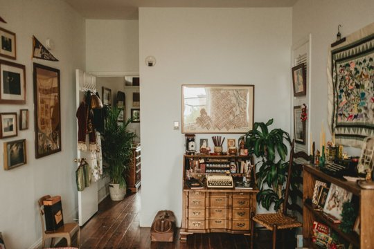 house call living room