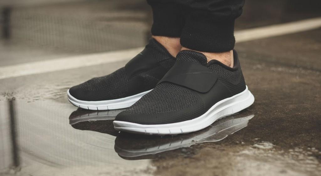 afew-store-sneaker-nike-free-socfly-black-black-white-vaporgreen-311