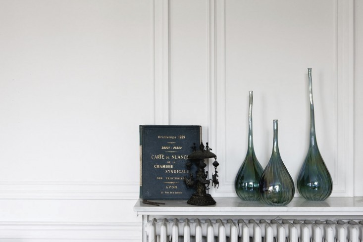 jacky-parker-paris-apartment-remodelista-9_0-733x489