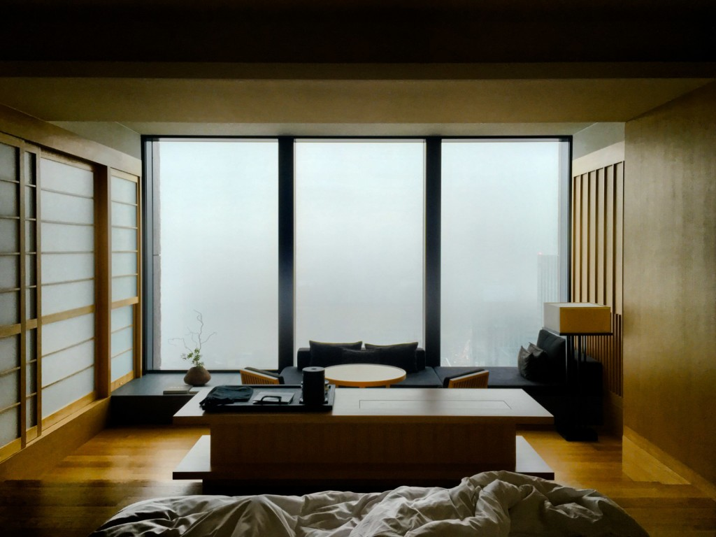 large_aman-tokyo-guest-room-3