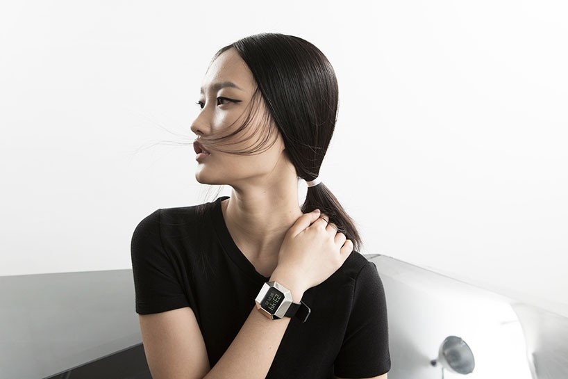 united-nude-lo-res-watches-designboom-01-818x545