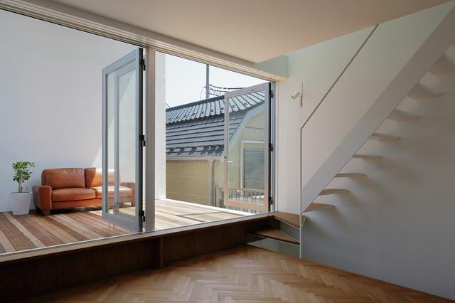 Little-House-Big-Terrace-3