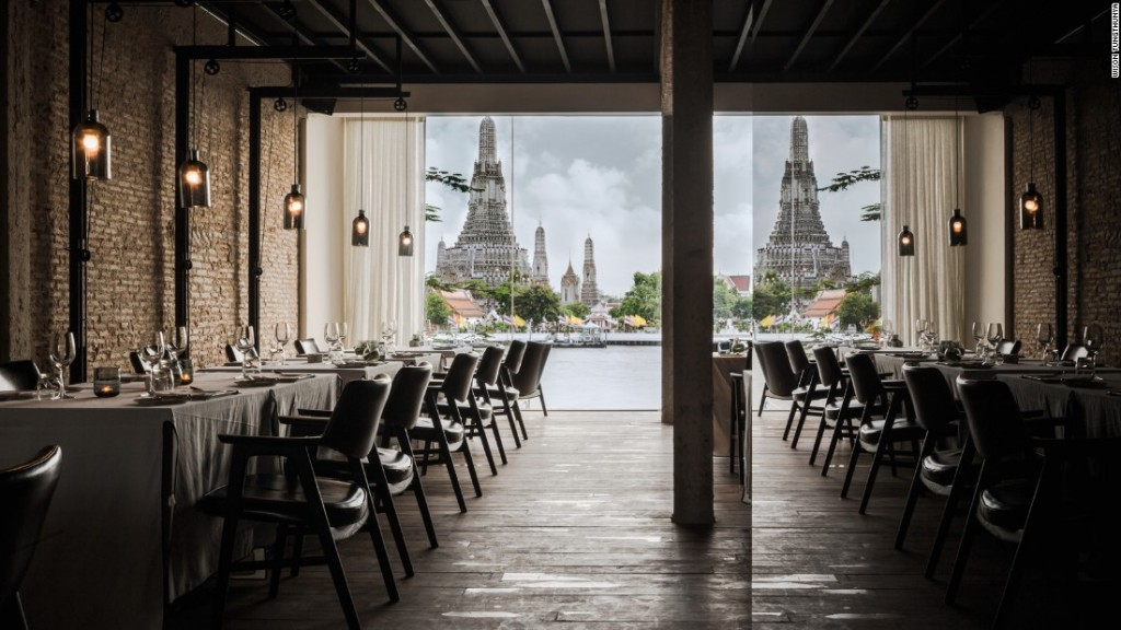 150825145829-restaurant-design-lets-go-out-again-sala-rattanakosin-super-169
