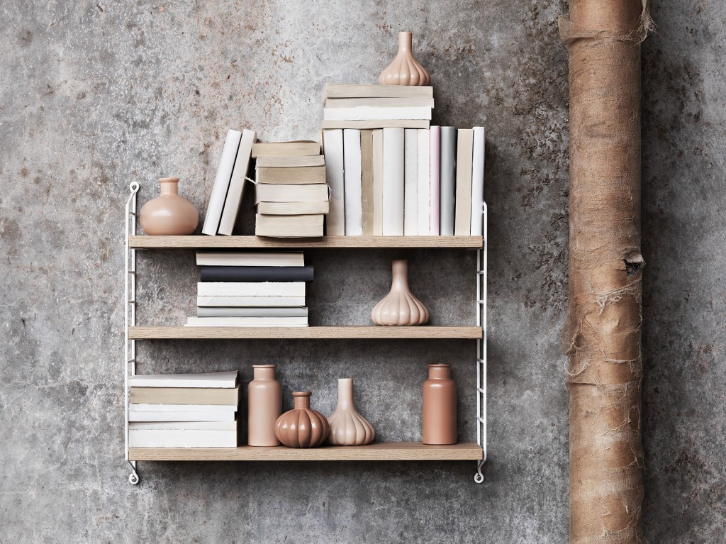 String_2016_Lotta_Agaton-concrete-bedroom-shelf-styling-closeup-1024x767