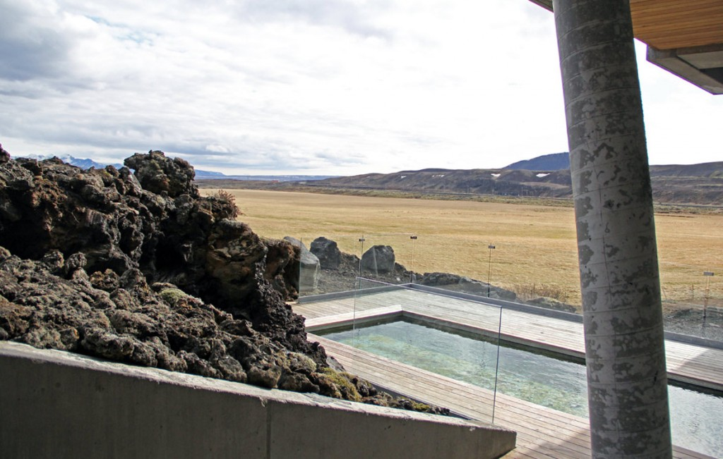 ion-hotel-iceland-pool-copy-thumb-1177x748-83257