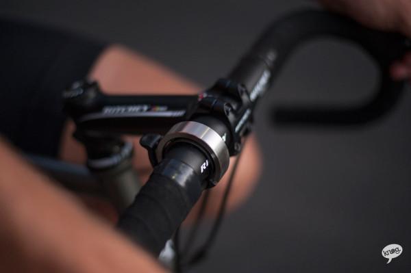 Knog-Oi-Bike-Bell-7-600x399