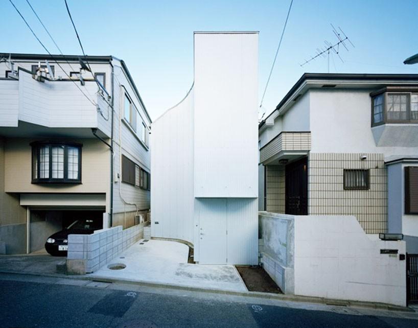 flathouse-architects-nami-nami-house-japan-designboom-01-818x642