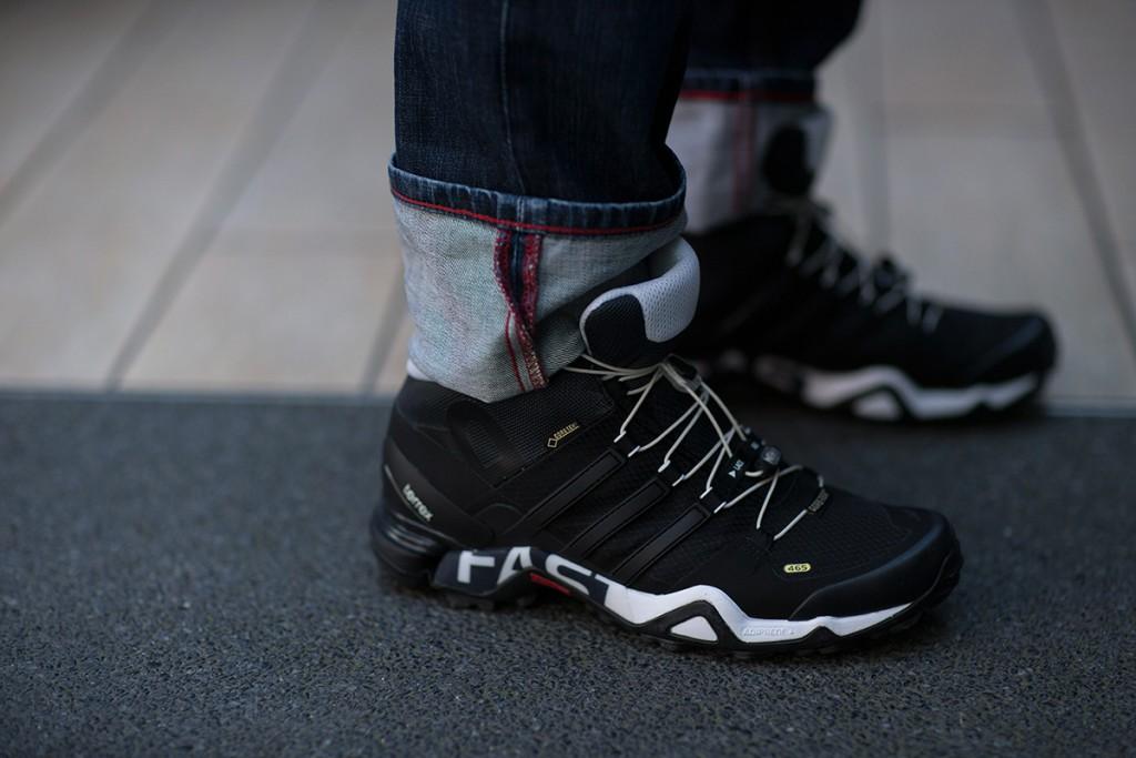 tokyo-fashion-week-fw16-sneakers-8