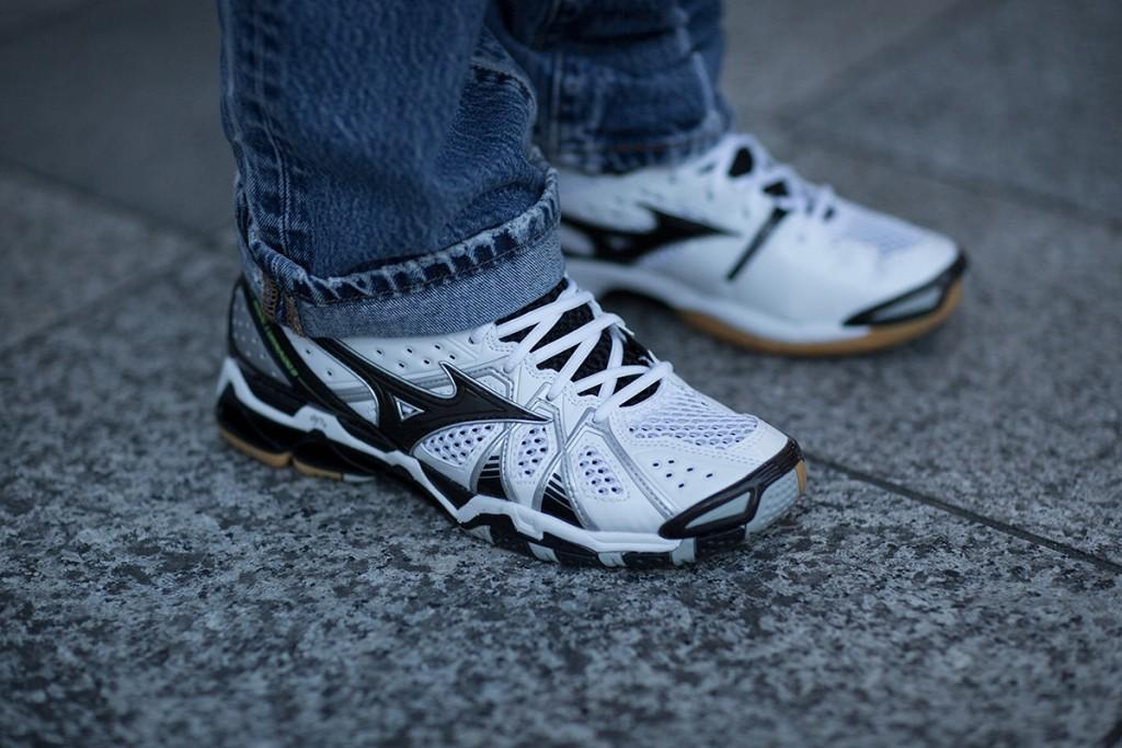 tokyo-fashion-week-fw16-sneakers-11
