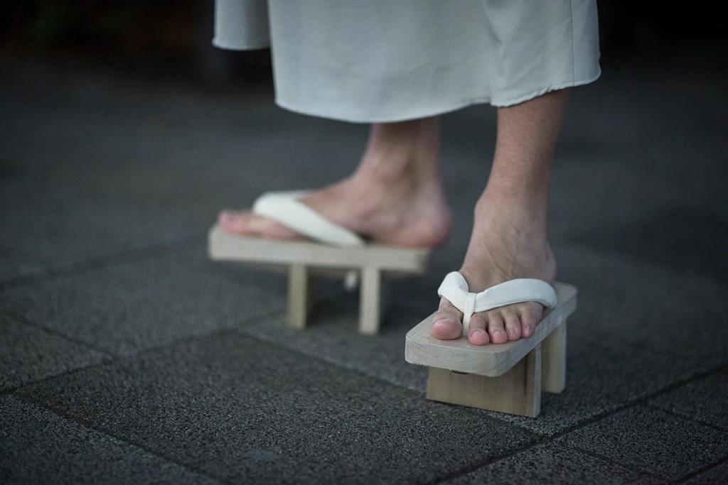 tokyo-fashion-week-fw16-sneakers-12
